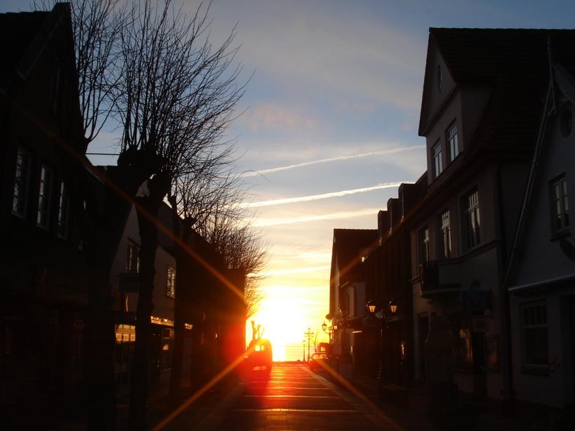 Sonnenaufgang beim Gang zum Bäcker Hansen