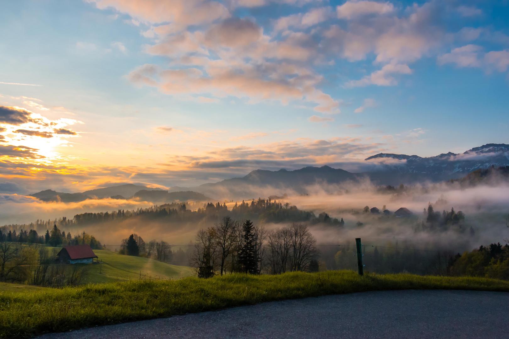 Sonnenaufgang im Entlebuch