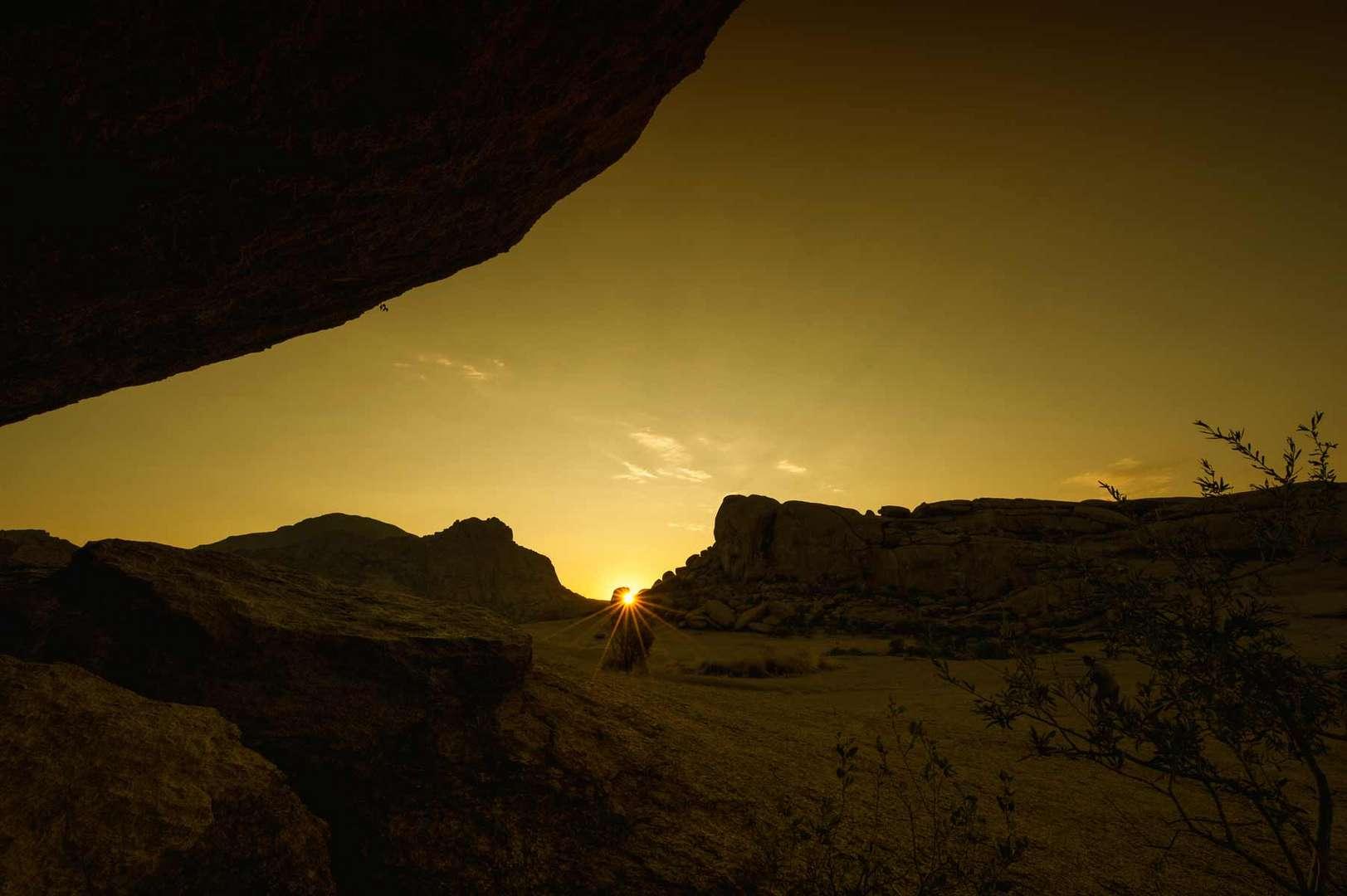 Sonnenaufgang im Erongo Gebirge