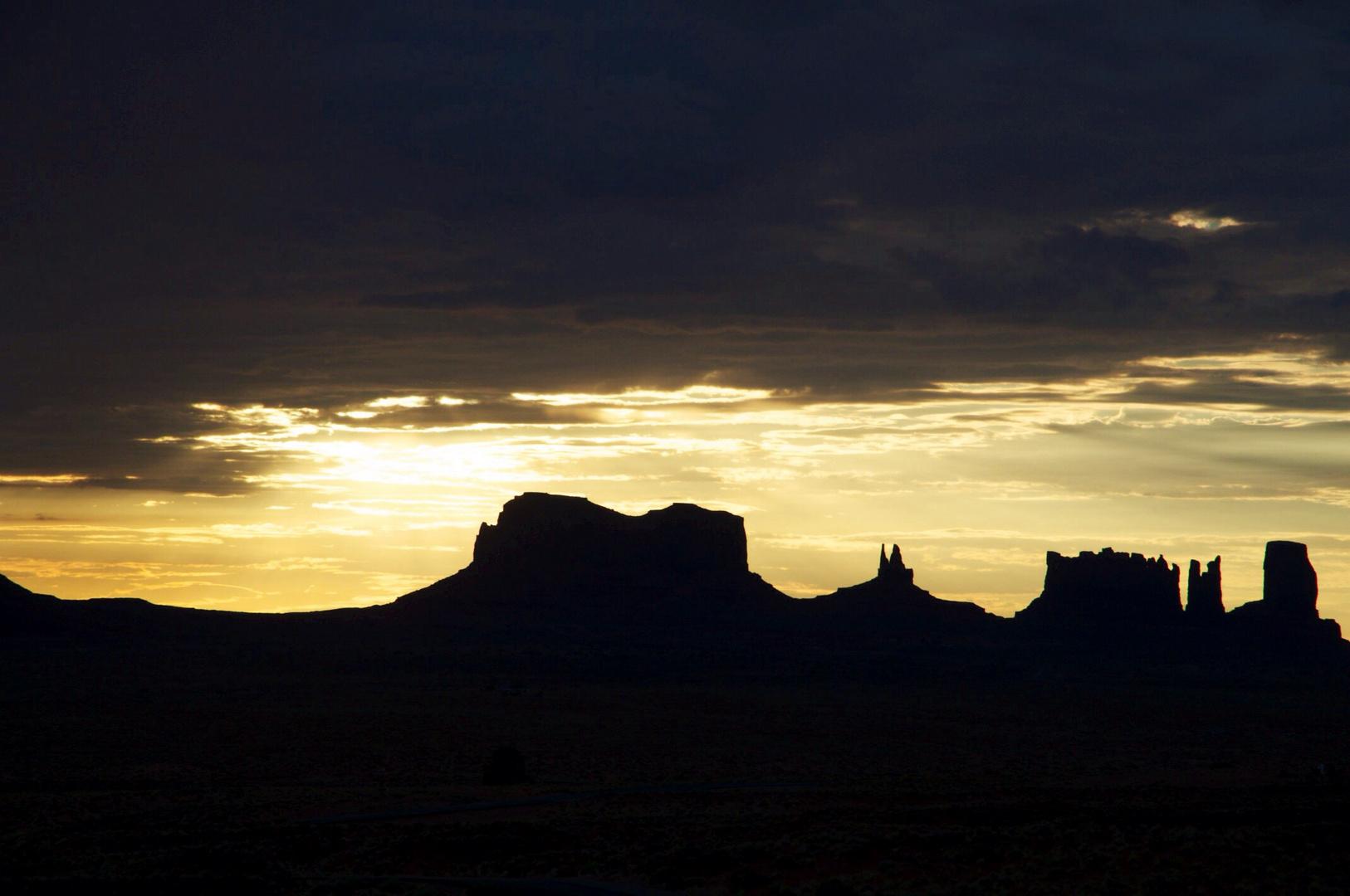 Sonnenaufgang im Monument Valley