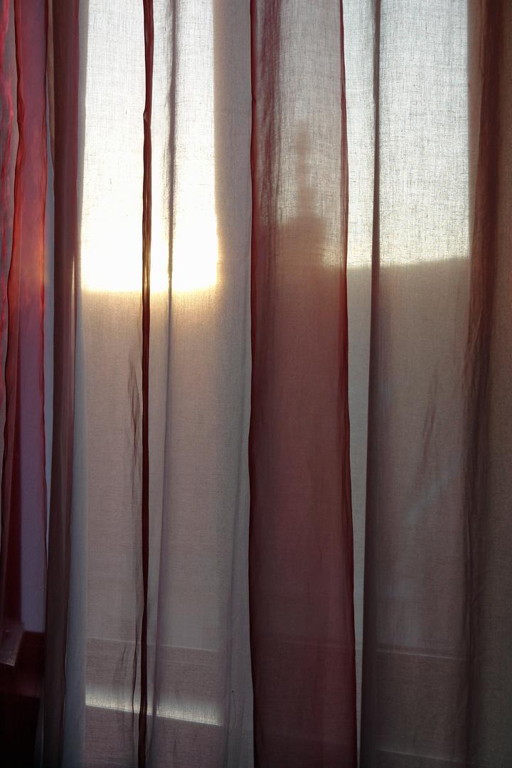 Sonnenaufgang im roten Zimmer