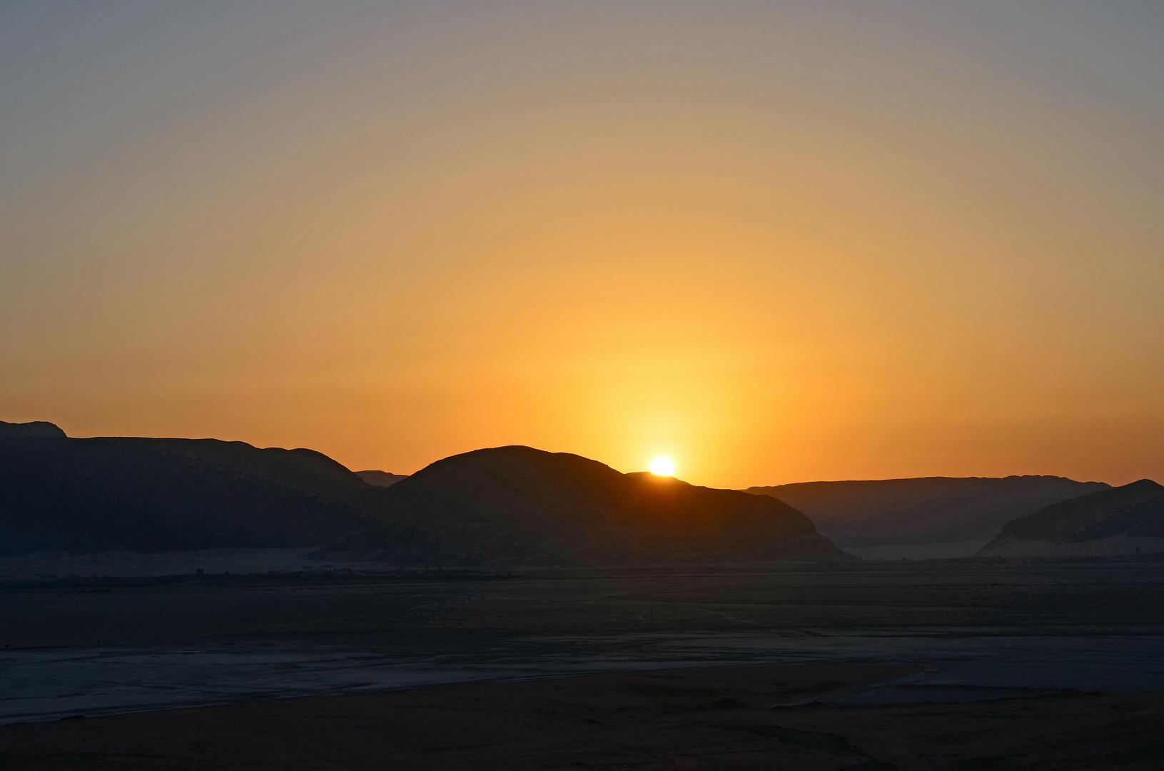 Sonnenaufgang im Wadi Rum in Jordanien