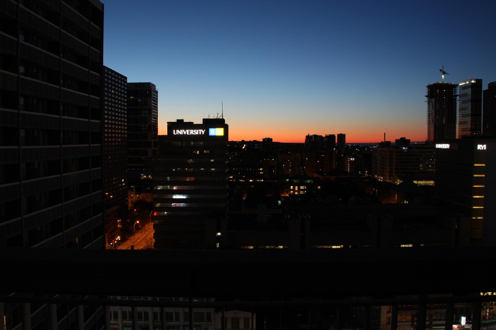 Sonnenaufgang in Toronto
