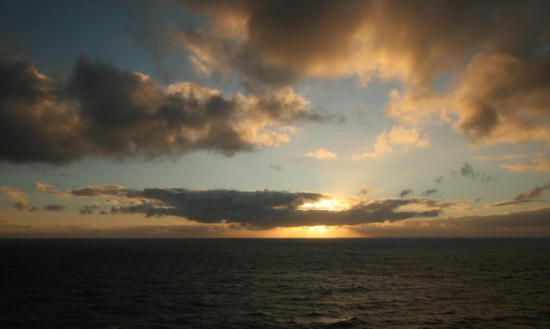 Sonnenaufgang nahe La Palma