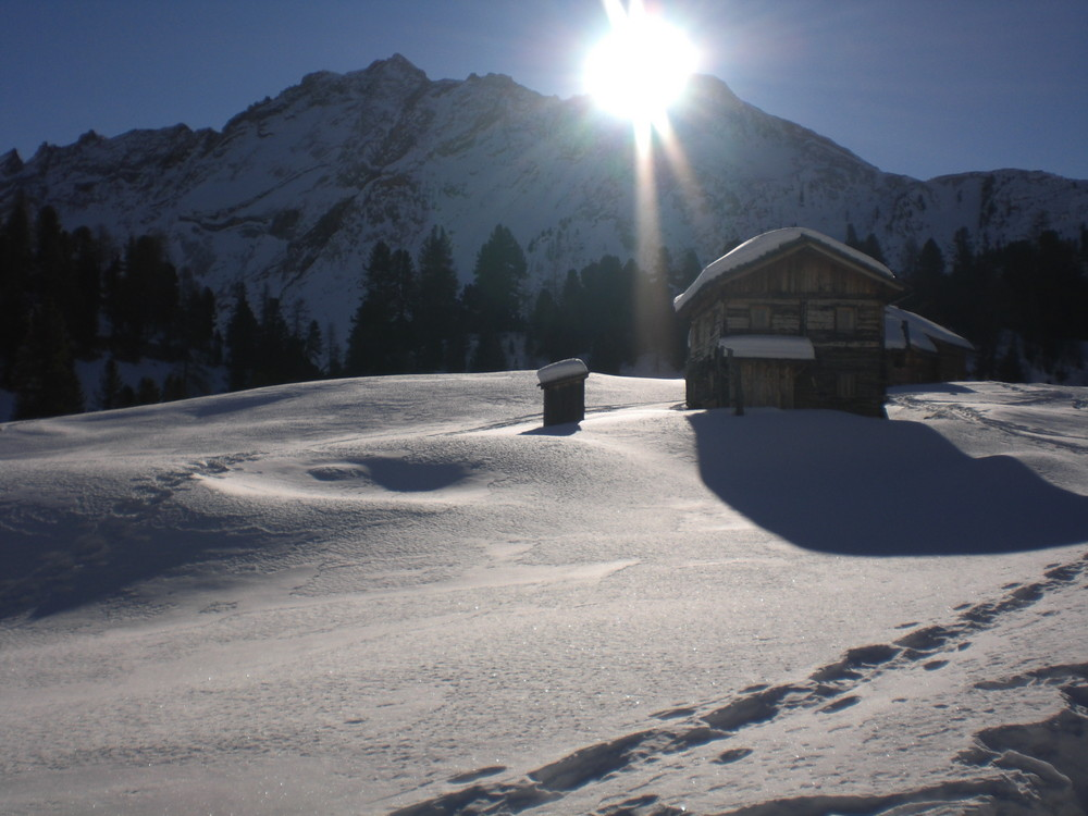 Sonnenaufgang Skitour Ausfstieg auf den Col Becchei di Sopra / Dolomiten