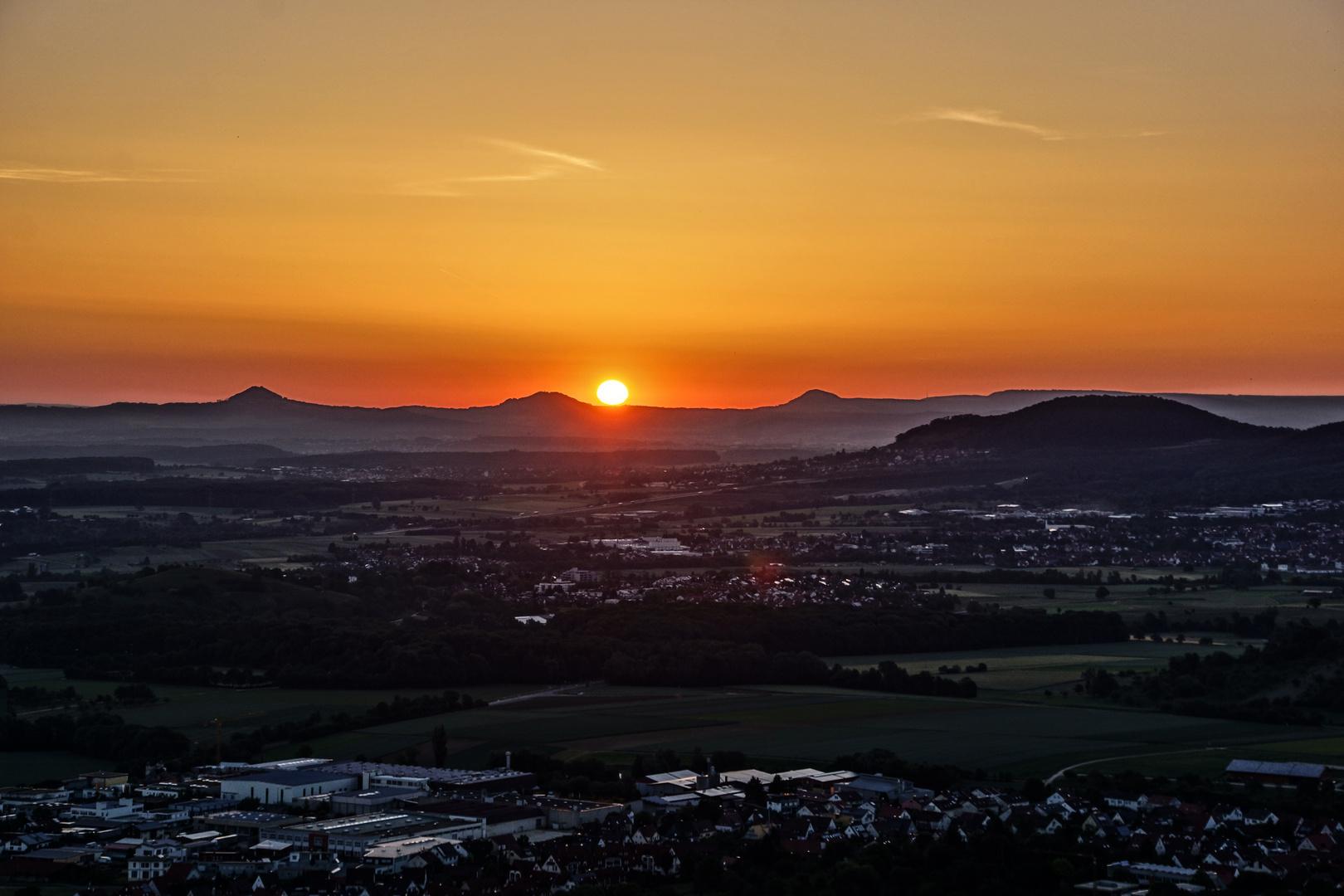 Sonnenaufgang über dem Rechberg (2)