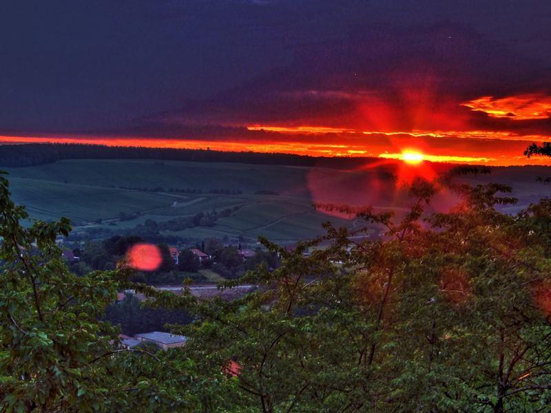 Sonnenaufgang über dem Weinsberger Tal