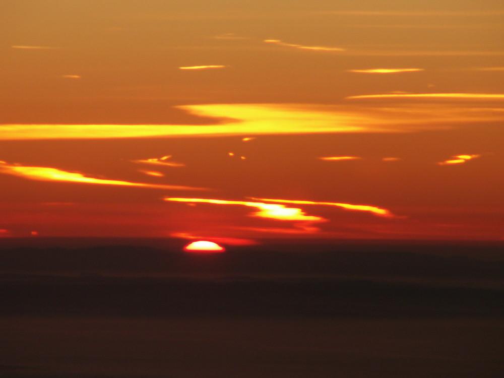 sonnenaufgang ÜBER den wolken... nr.2 kurz vor berlin :-) einmalig!