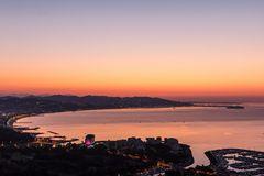 Sonnenaufgang über der Bucht von Cannes