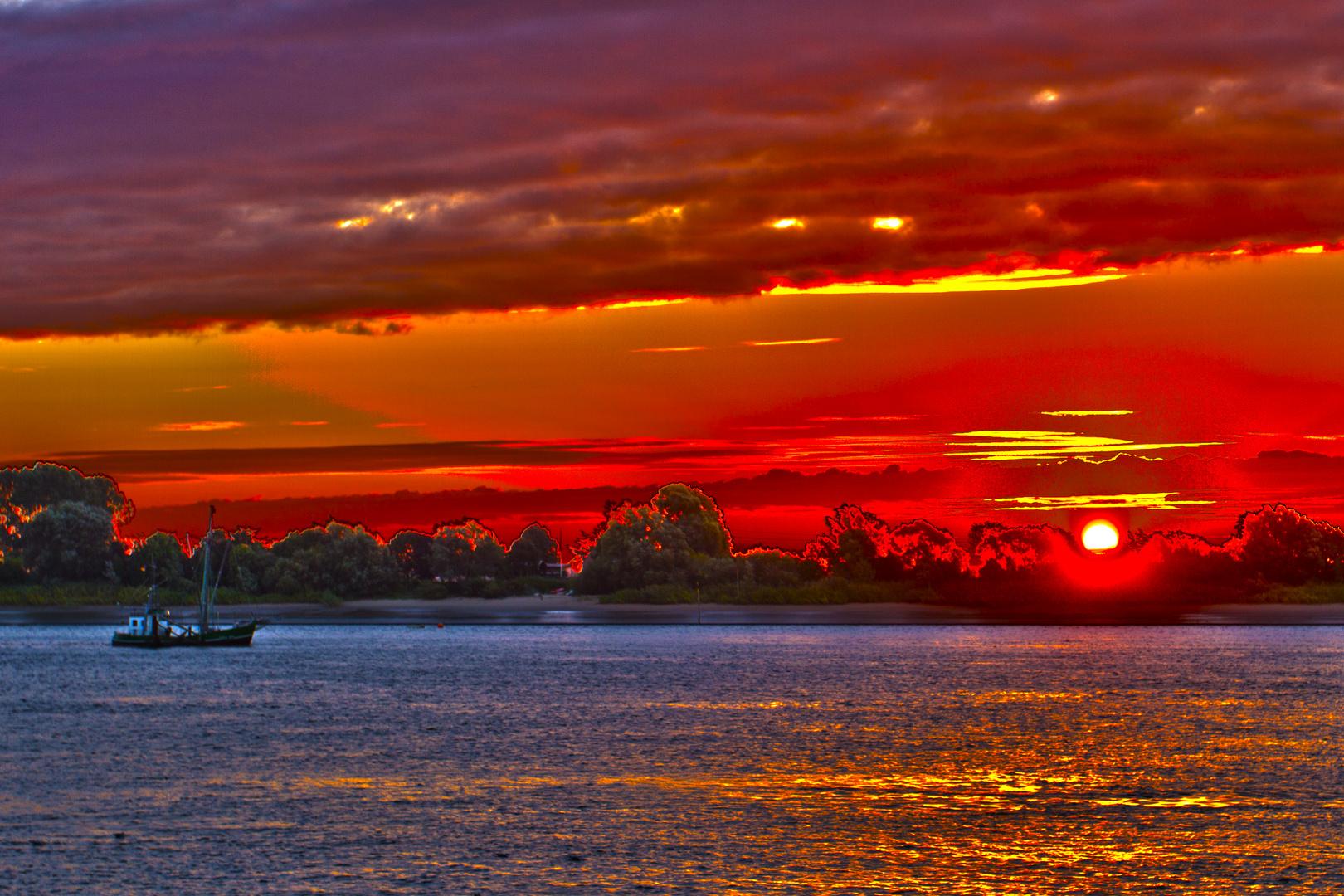 Sonnenaufgang über der Weser