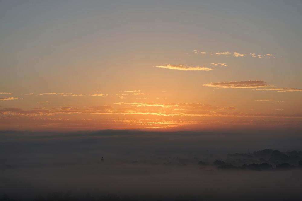 Sonnenaufgang über Grolsheim und Langenlonsheim
