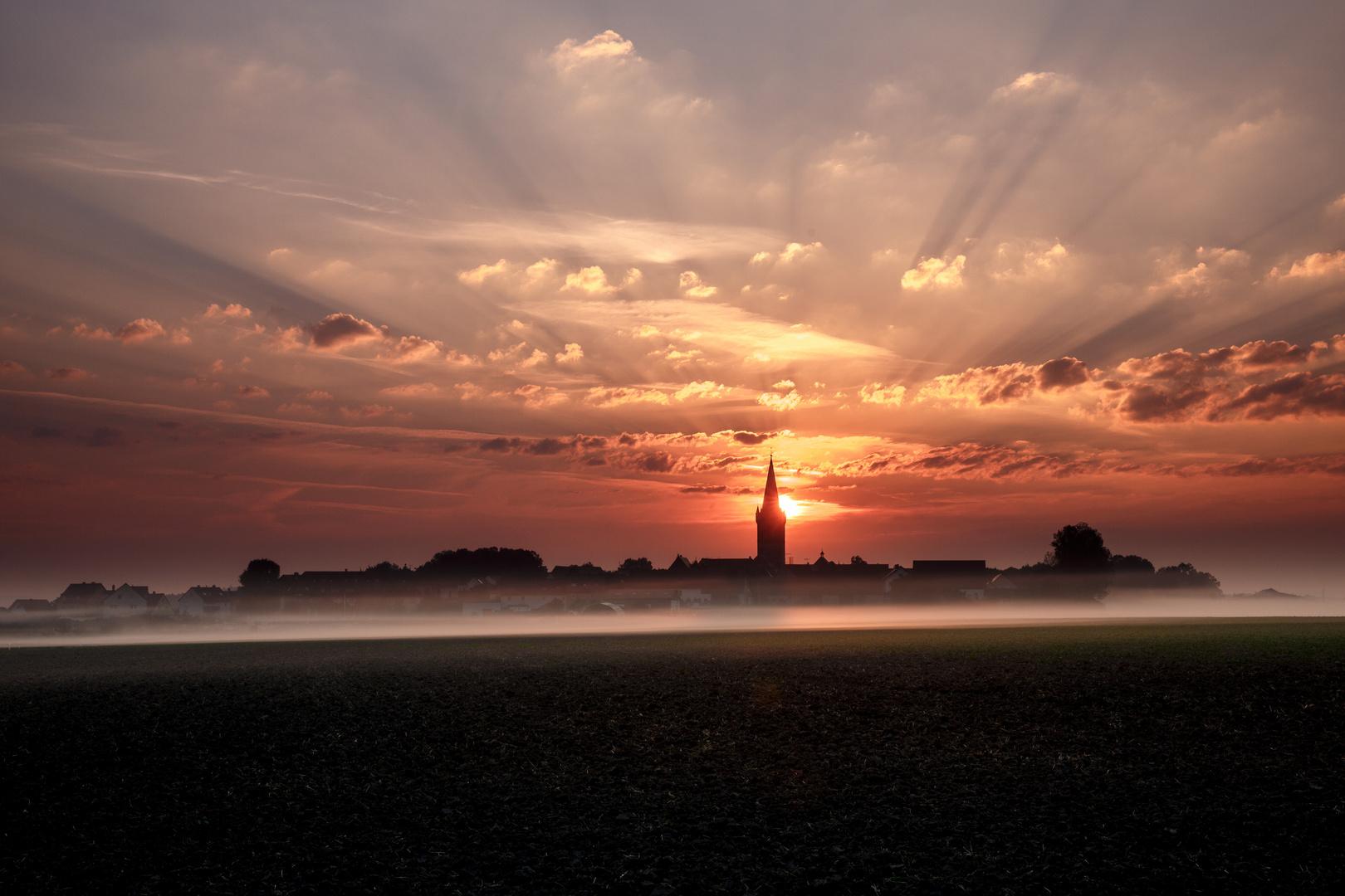 Sonnenaufgang über Hannberg