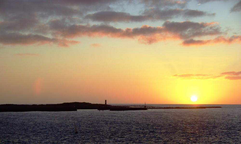 Sonnenaufgang über Helgolands Badedüne