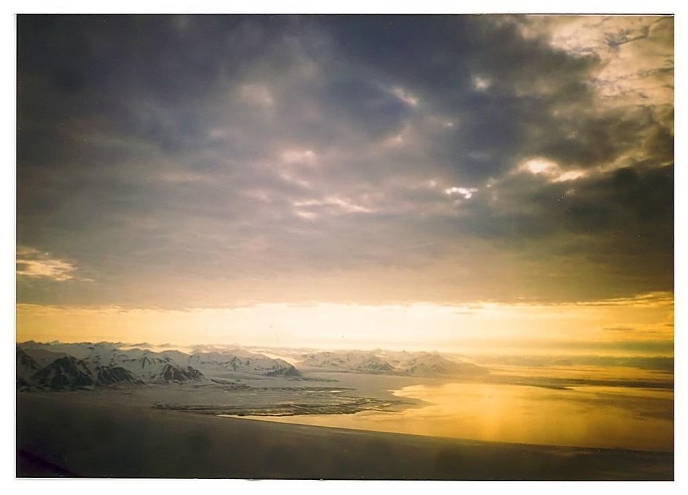 Sonnenaufgang über Spitzbergen