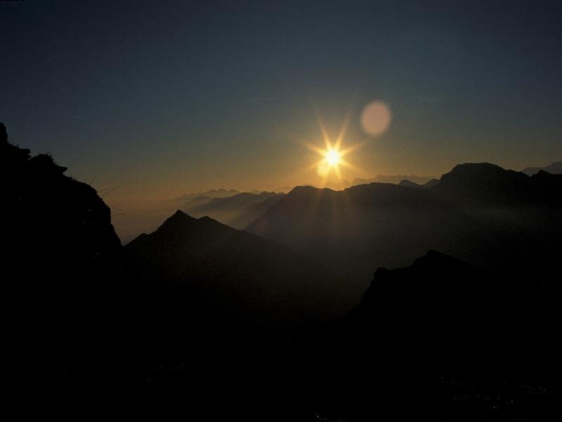 Sonnenaufgang von der Hochplatte (Ammergebirge)