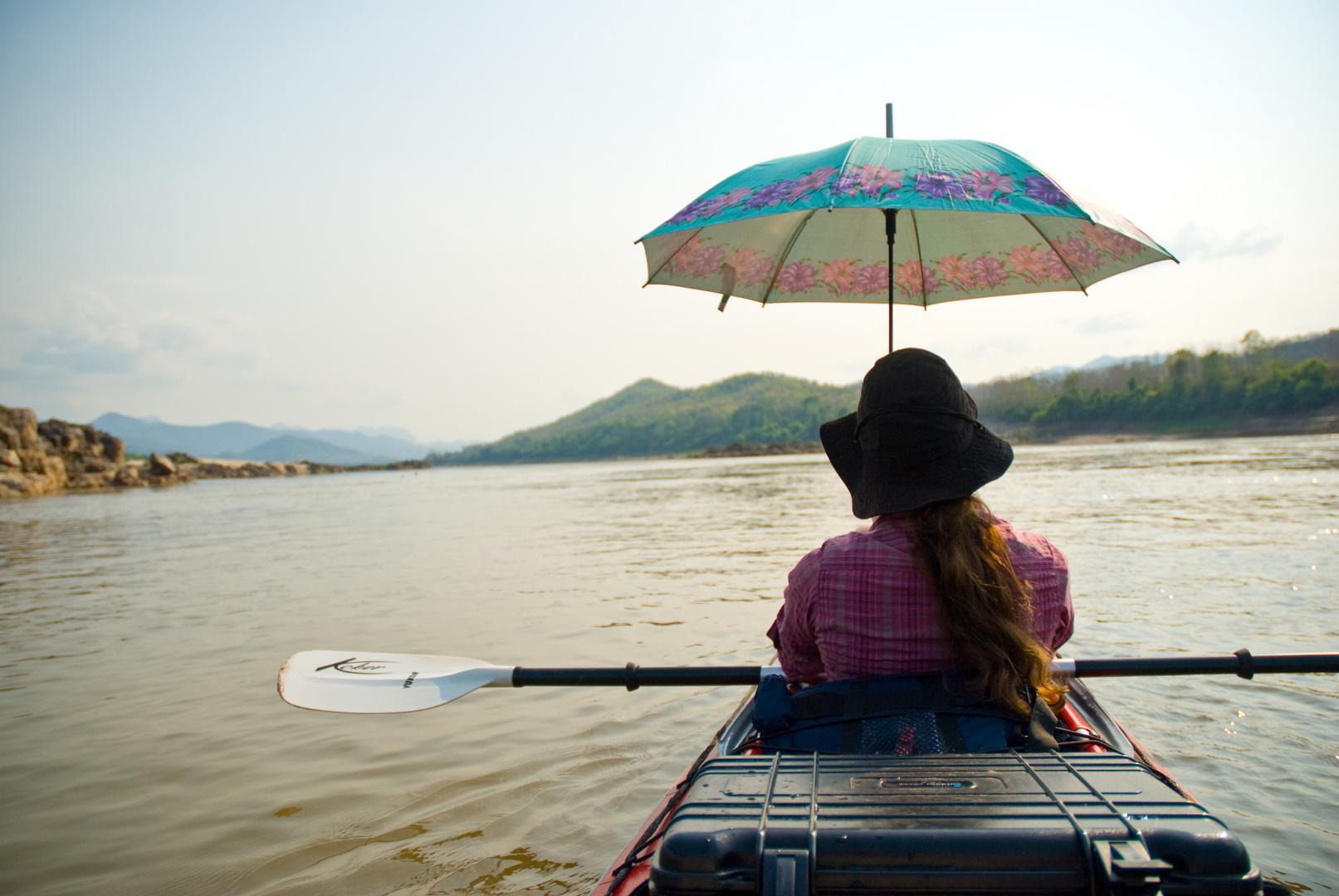 Sonnenschirm auf dem Mekong