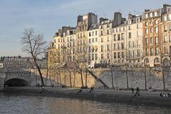 Sonnenseite an der Seine