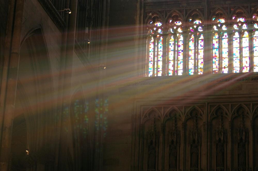 Sonnenstrahlen im Dom