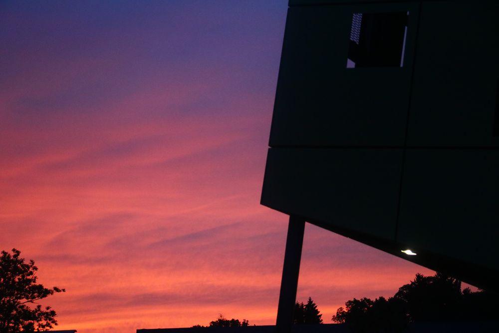 Sonnentuntergang hinter dem Goldstück 1