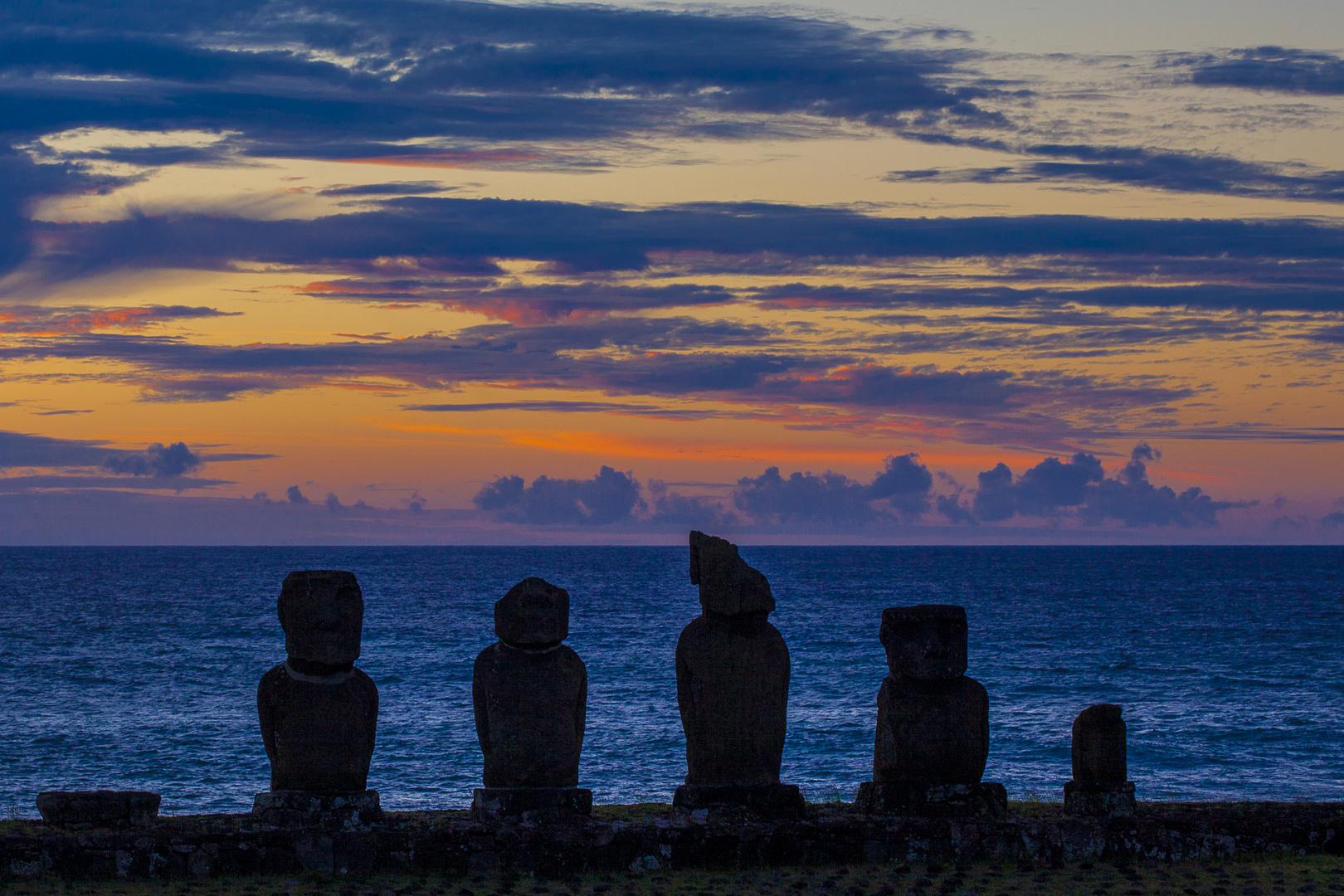 Sonnenuntergang am Ahu Tahai, Osterinsel