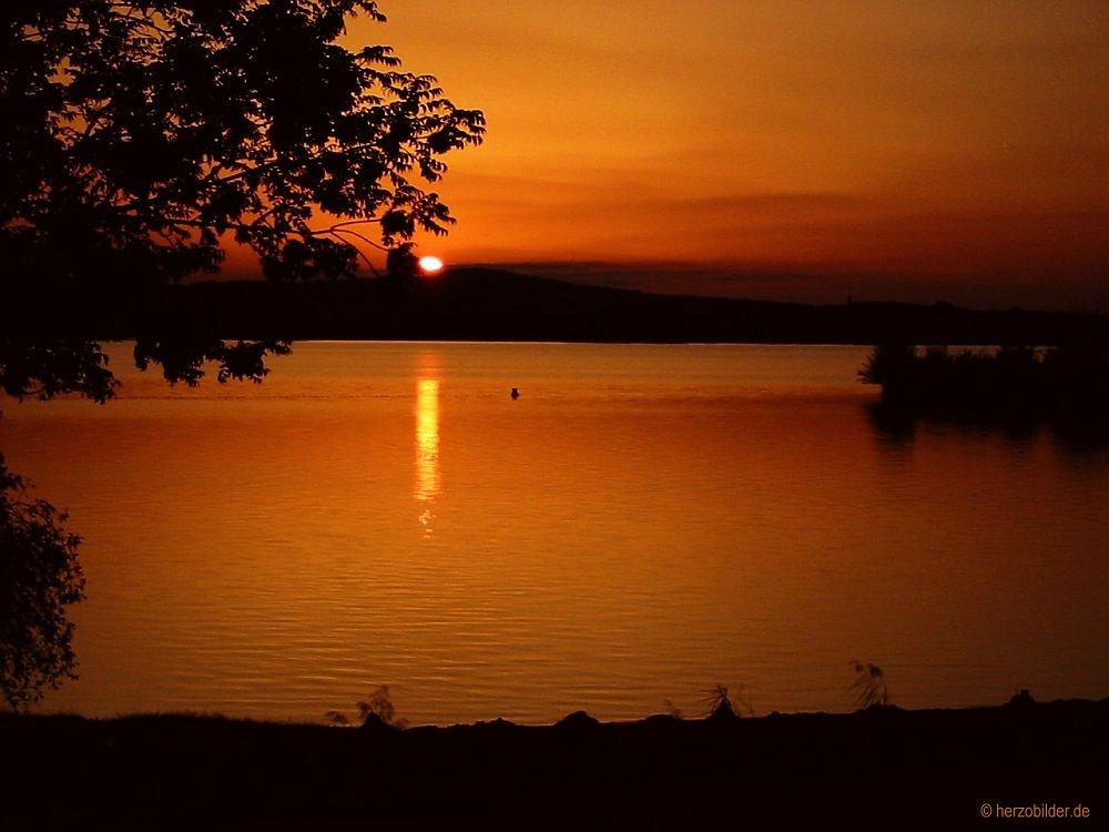 Sonnenuntergang am Altmühlsee