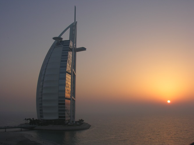 Sonnenuntergang am Burj Al Arab