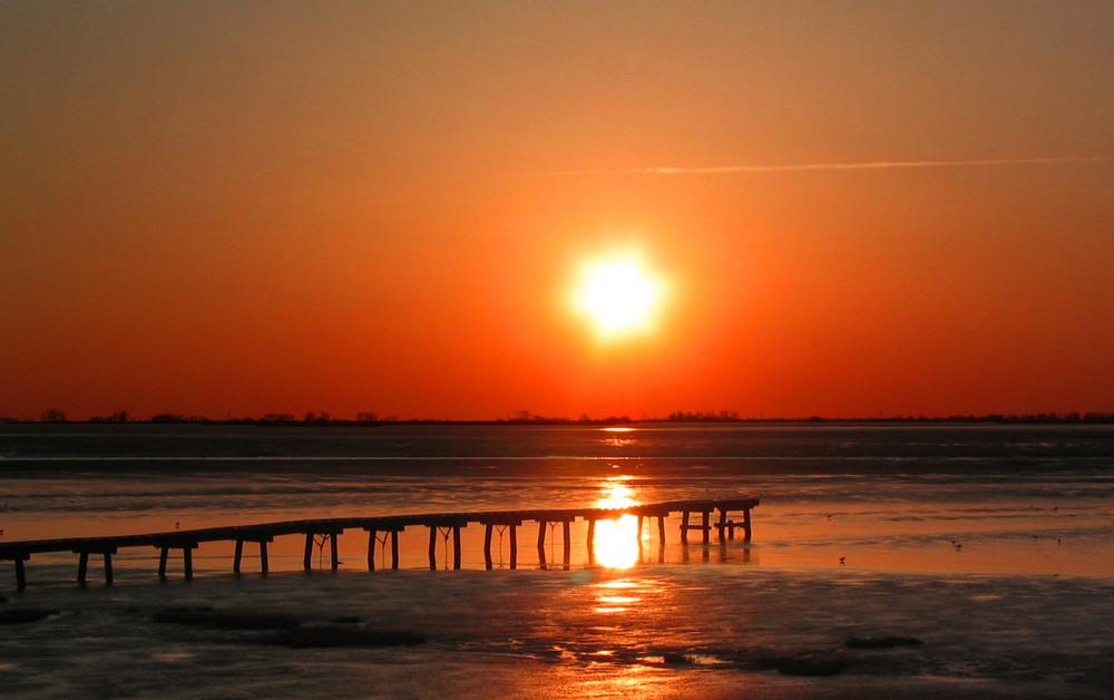 Sonnenuntergang am Dangaster Strand