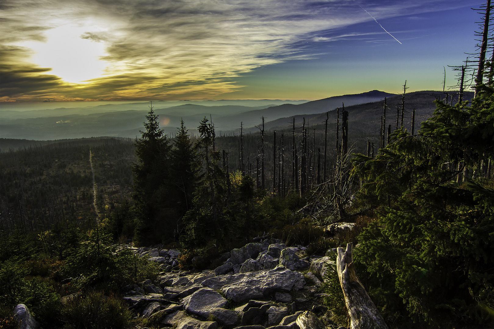 Sonnenuntergang am Gipfel des Lusen
