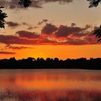 Sonnenuntergang am Lago Peten Itza