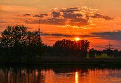 Sonnenuntergang am Maasdorfer Teich