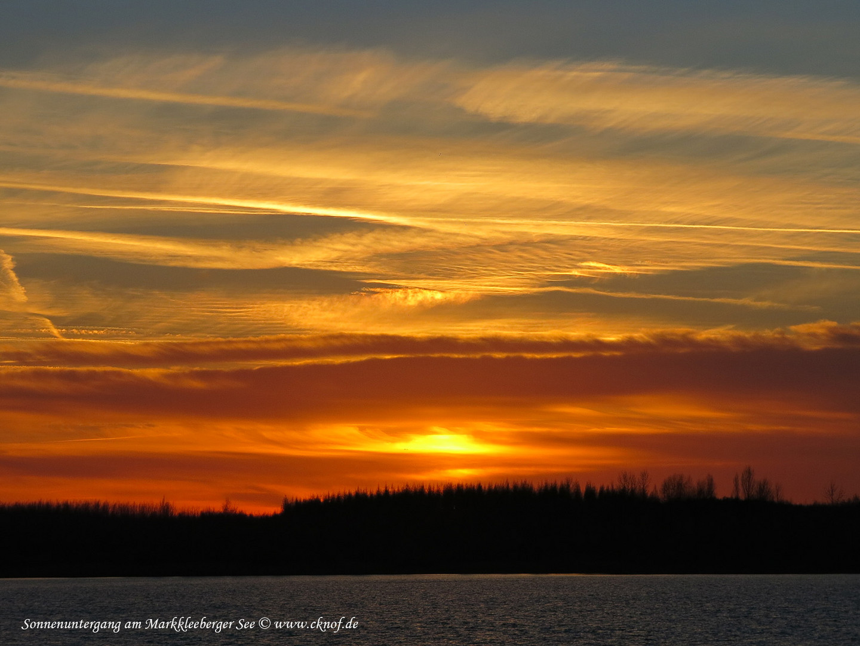 Sonnenuntergang am Markkleeberger See