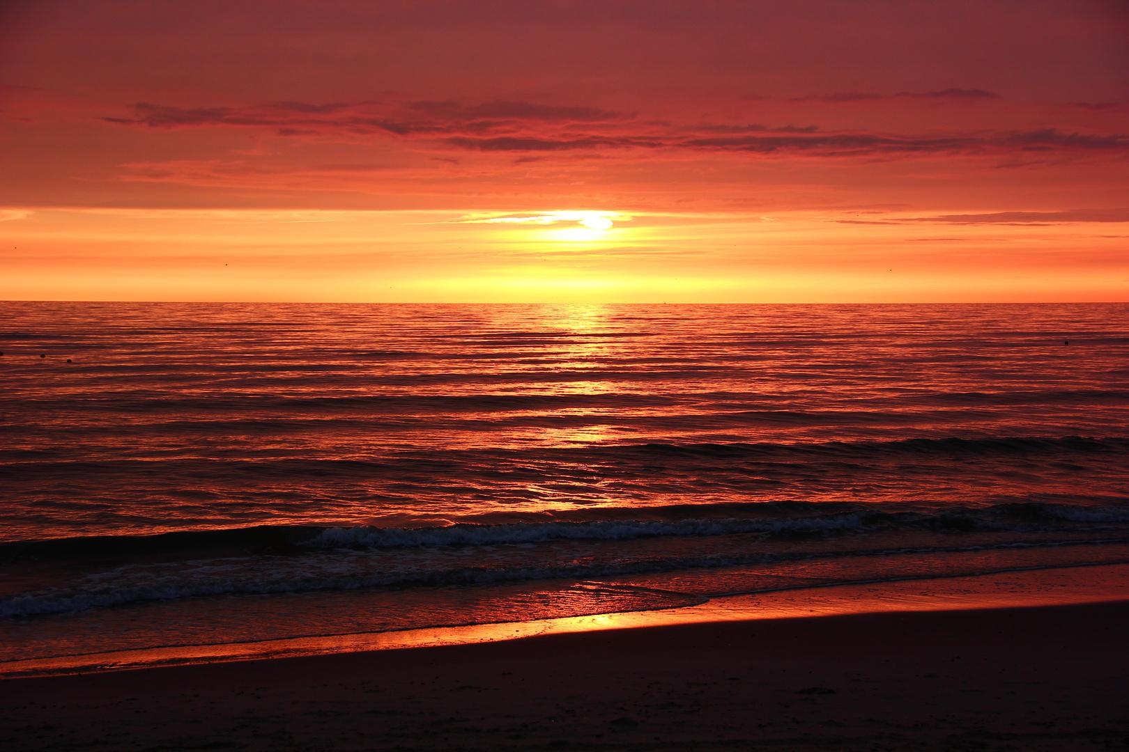 Sonnenuntergang am Meer in Nordholland