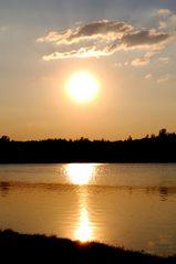 Sonnenuntergang am Otto-Maigler-See in Hürth
