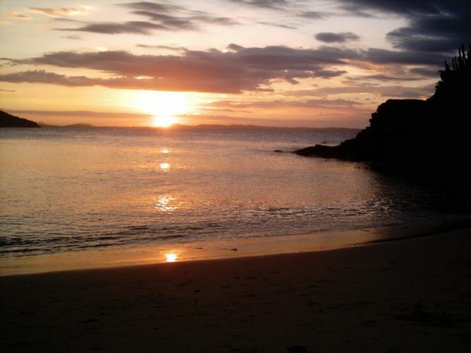 Sonnenuntergang am Praia Azedinha - Búzios-RJ