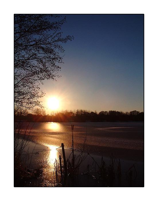 Sonnenuntergang am See ll
