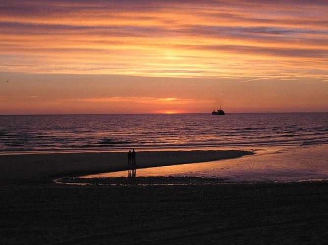 """ Sonnenuntergang am Sylter Weststrand """