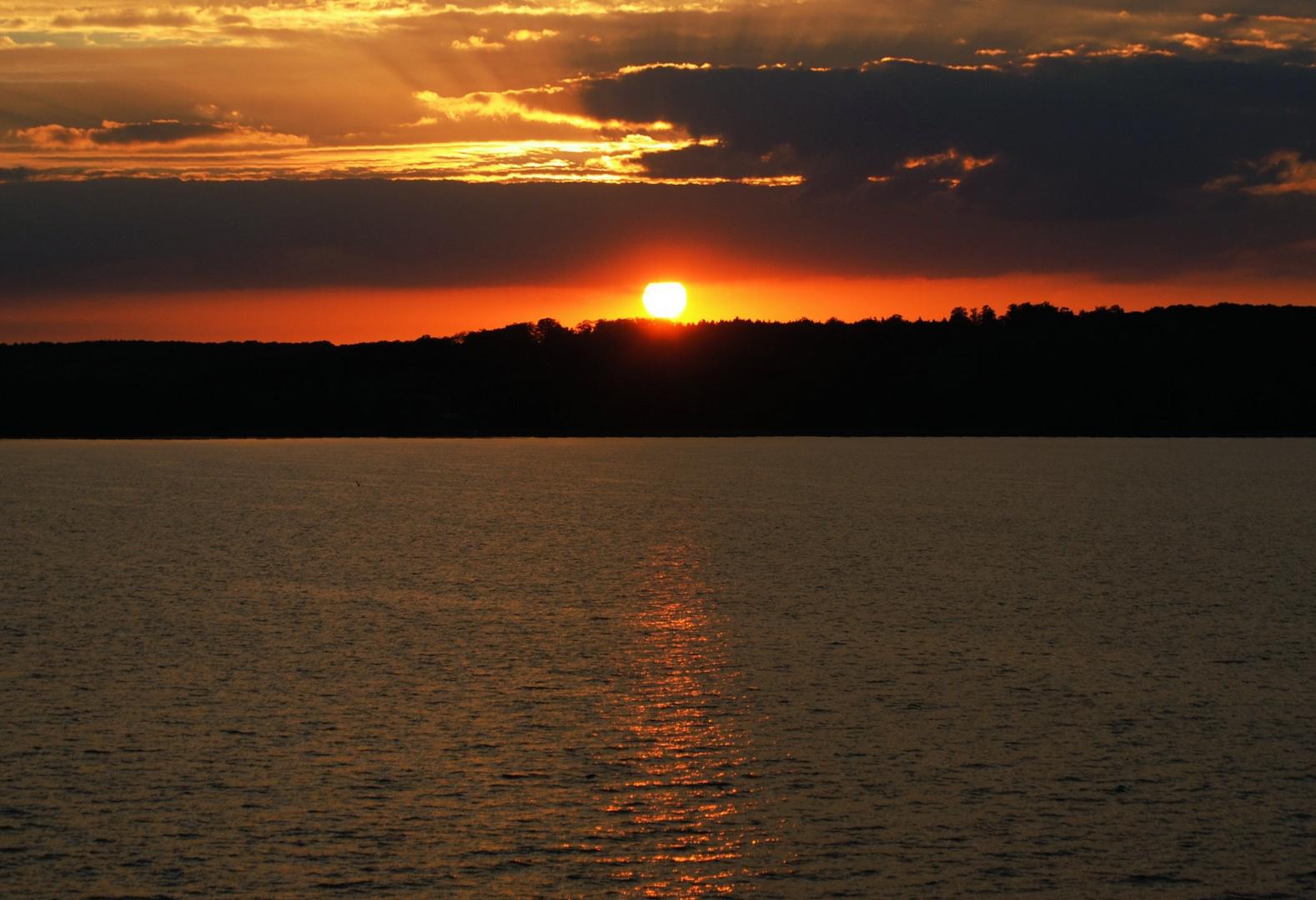 Sonnenuntergang am Tollensesee I