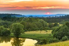 Sonnenuntergang am Weiher
