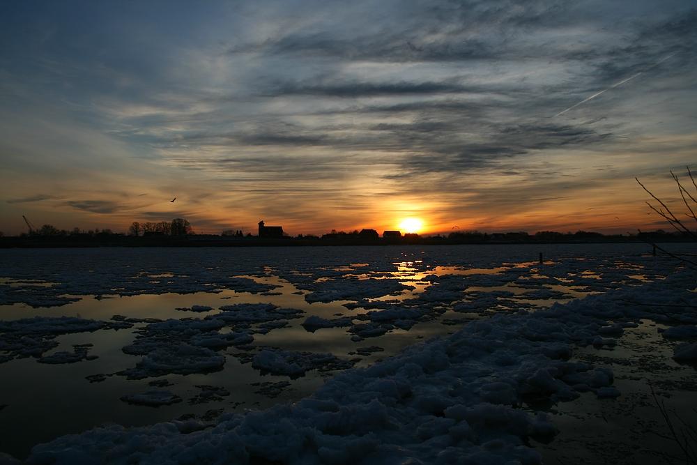 Sonnenuntergang am Zollenspieker