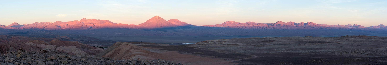 Sonnenuntergang an Andenpanorama
