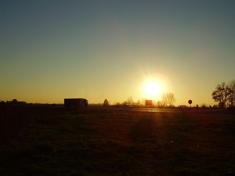 Sonnenuntergang an der A9