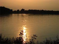 Sonnenuntergang an der Donau...