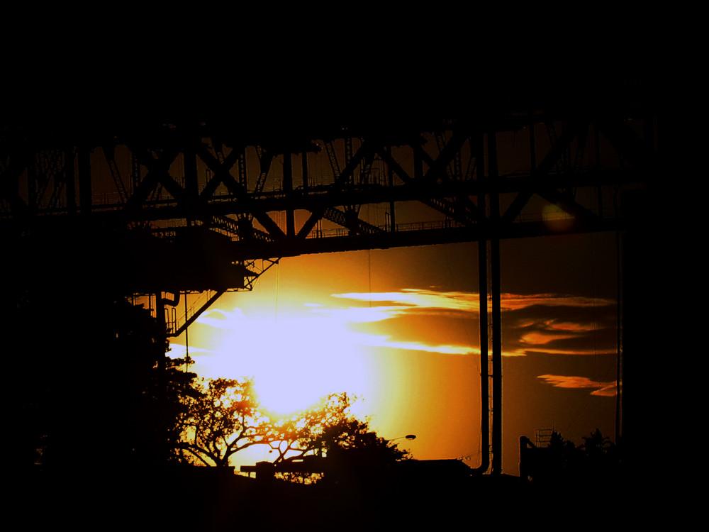 Sonnenuntergang an der Harbour Bridge, Sydney
