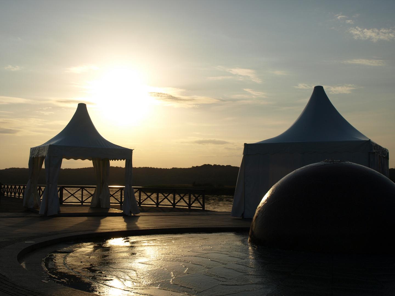 Sonnenuntergang an der Schmachter-See-Lounge