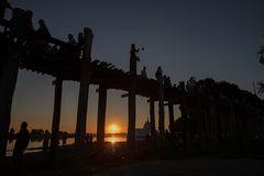 Sonnenuntergang an der U-Bein-Brücke