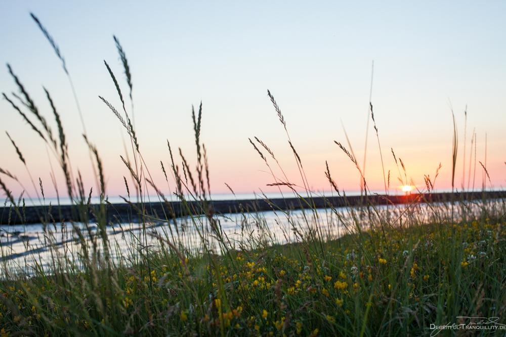Sonnenuntergang an der Wesermündung
