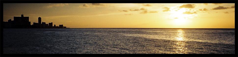 Sonnenuntergang an Havanas Küste