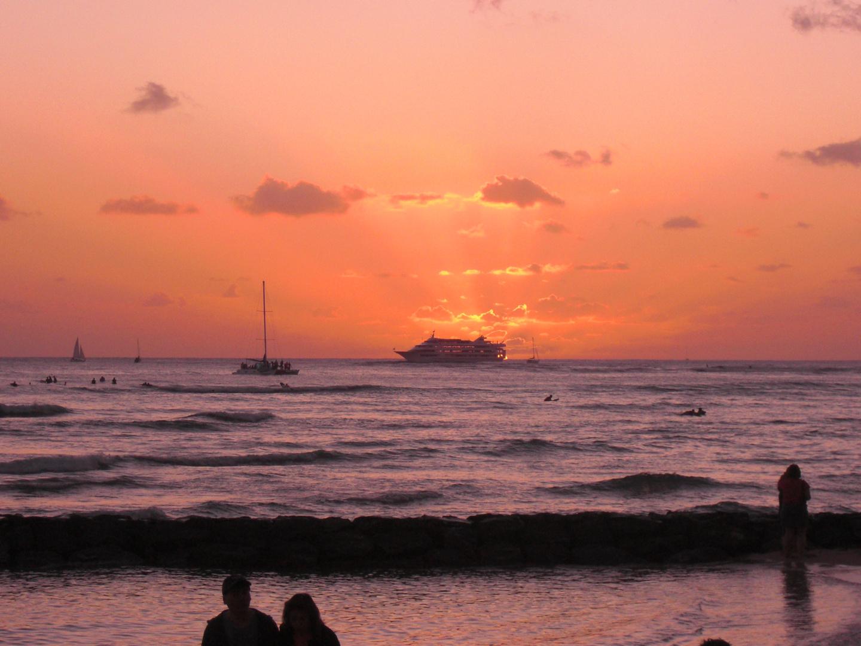 Sonnenuntergang an Waikiki Beach
