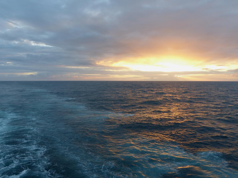 Sonnenuntergang auf dem Meer 3