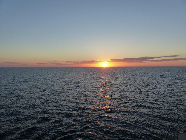 Sonnenuntergang auf dem Meer 4